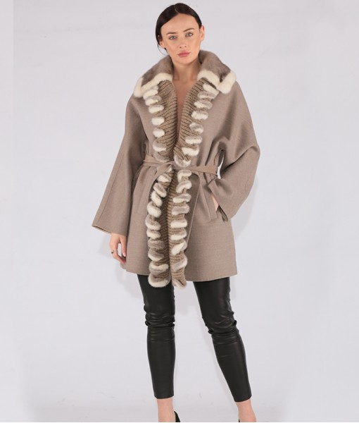 Luxury Cashmere Coat With Mink Details